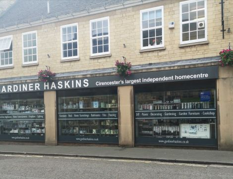 Customer Reviews of Gardiner Haskins Cirencester image