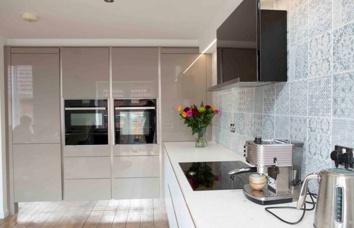 Kitchen Case Study: Crown Polaris White & Furore Coffee Light case study main image