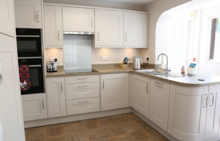 English Rose Shaker Kitchen case study main image
