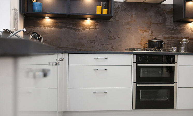 Textured dark grey dream fitted kitchen