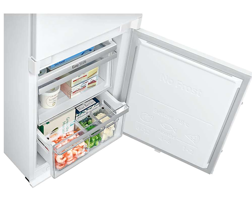 Samsung Built-in Fridge Freezer with CoolSelect Plus Zone, 263 Litre BRB260087WW/EU thumbnail three